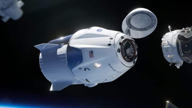 Le tourisme spatial à bord de la capsule Crew Dragon