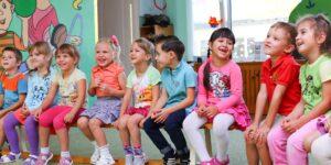 Comment bien préparer son enfant à vivre sa première colonie de vacances ?