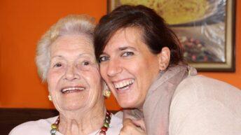 Alzheimer : 4 solutions pour retarder l'entrée en maison de retraite