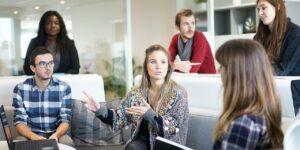 Les avantages de suivre une formation commerce en alternance